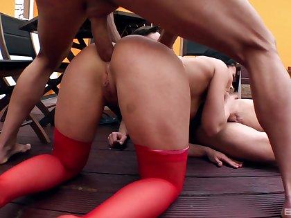 Brunette beauty tries double penetration in hot trio
