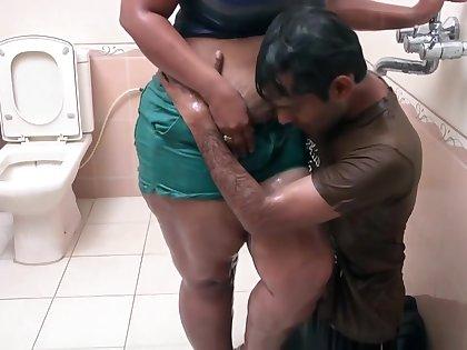 Hot Indian Middle Aged Bhabhi Romance in Bathroom