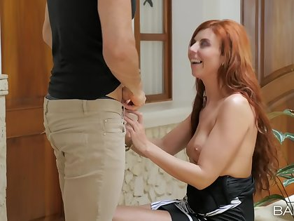Natural tits redhead floosie Bianca Resa gets will not hear of holes stuffed