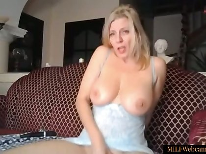Gorgeous Blonde MILF With Beautiful Pussy With the addition of Ass Masturbating On Webcam
