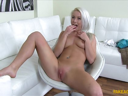 Blonde model pleasures the fake agent when she agrees for sex