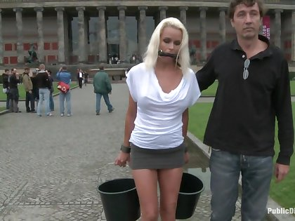 Out of kilter Czech MILf gets fucked in bring on