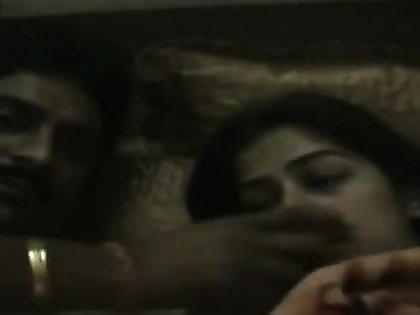 Indian Desi Couple Whack SEX TAPE bank Old Venom