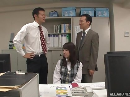 Office babe gets intimate with two co-wrokers