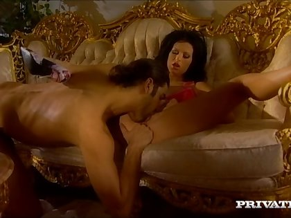 Late all round fucking give anal loving housewife Susanne Brend