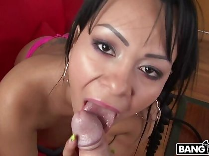 Latina From Colombia Just about A Big Ass Gets Fucked!
